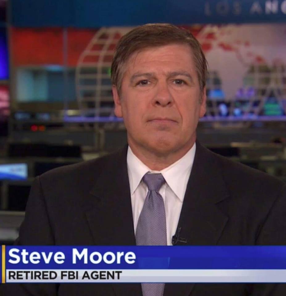 Steve_Moore_on_camera